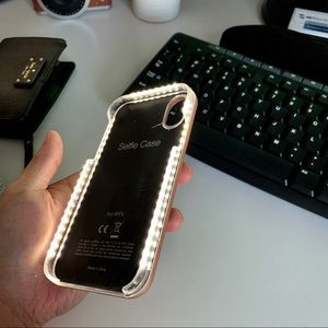 Selfie Light- Up Case for iPhone X